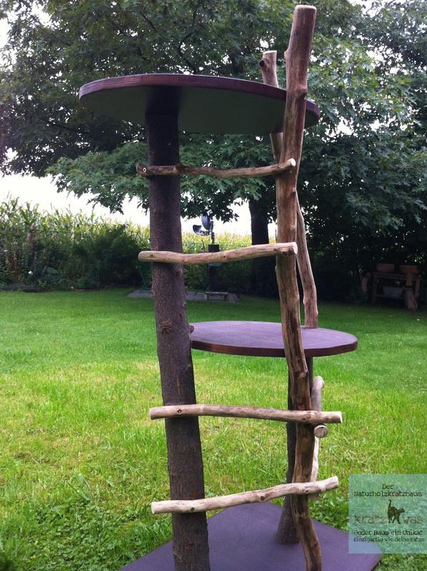 fuzzy der erste outdoor kratzbaum von kratzwas kratzwas naturholzkratzb ume. Black Bedroom Furniture Sets. Home Design Ideas